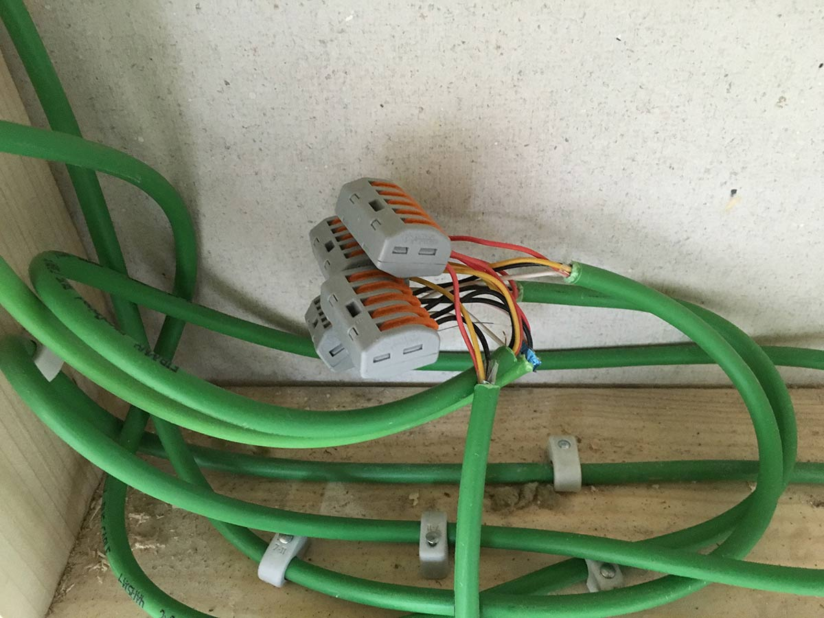 das grüne knx-kabel richtig verlegen - knx anleitungen